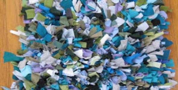 How To: Make an Upcycled Rag Rug