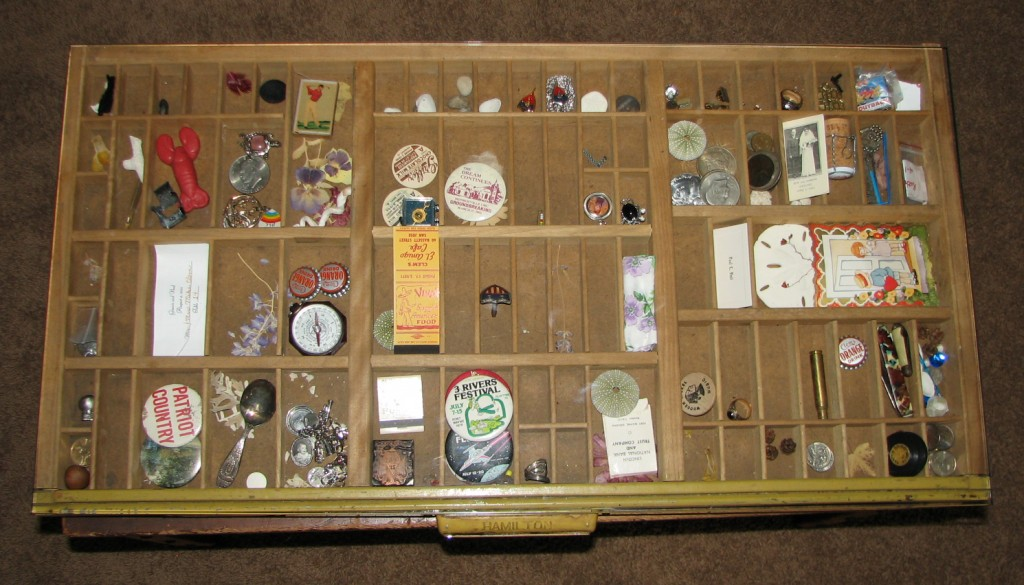 make a coffee table from antique printer drawer — upcycle magazine